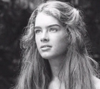 What a beautiful pic of Brooke Shields. Such a natural beauty! —Amanda Hearst