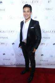 Mario Lopez on the red carpet at Gallery Nightclub.