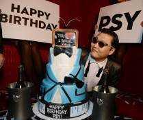 "Korean superstar PSY kicks off New Year's Eve ""Gangnam Style"" at Pure Nightclub."