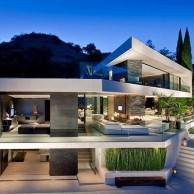 What's Haute by Privé: Villa of the Day