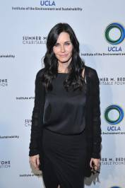 09a courteney cox