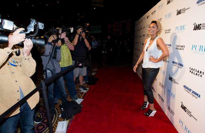 Keri Hilson on the red carpet at Pure Nightclub. Photos: © Erik Kabik/erikkabik.com