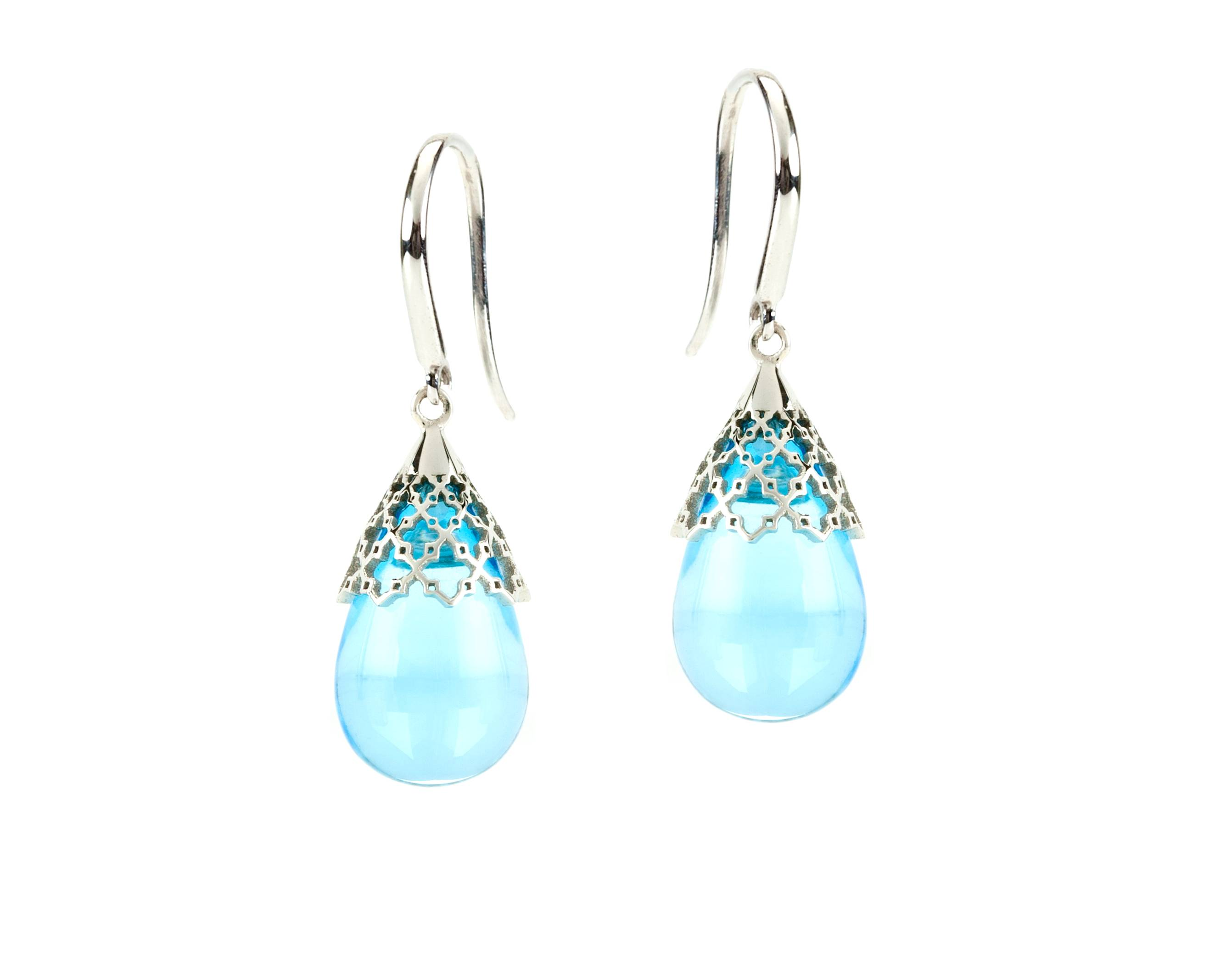 BIRKS MUSE Collection, Mesh Tear Drop Blue Topaz Earrings, in 18kt White Gold