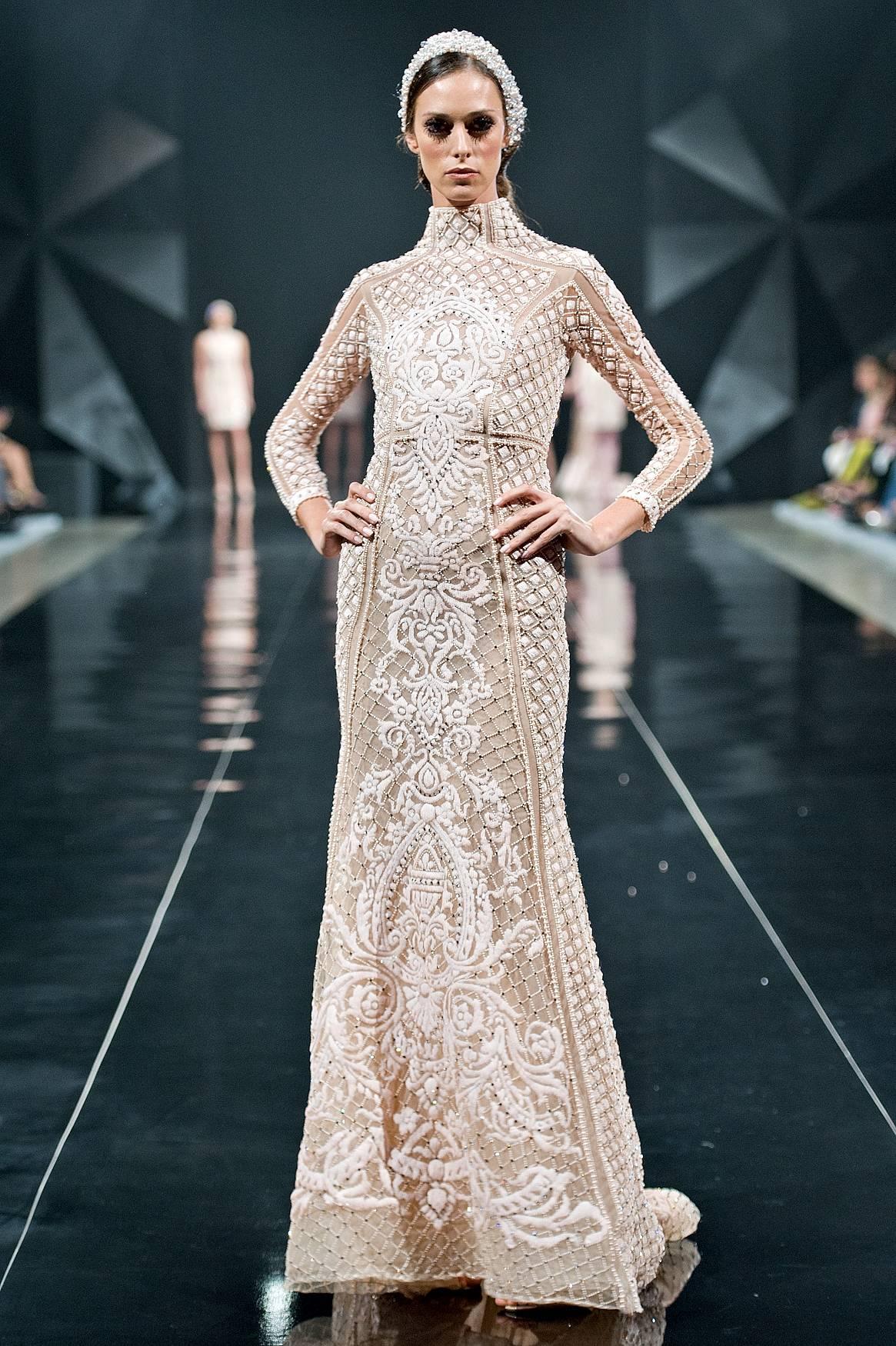 Michael Cinco Wows At Dubai S Fashion Forward