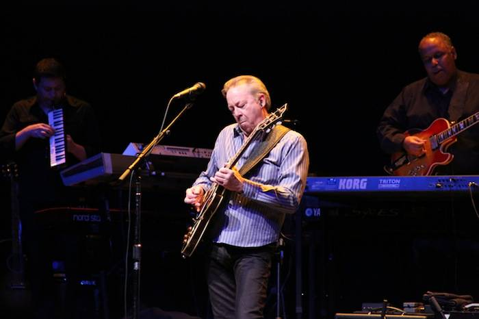 Boz Scaggs plays the Pearl at the Palms. Photos: Edison Graff