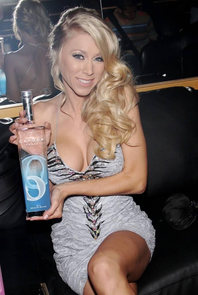 Katie Morgan With Cavoda Vodka At Crazy Horse Iii