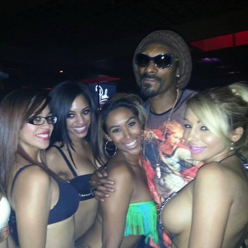nightlife stripclubs crazy horse iii