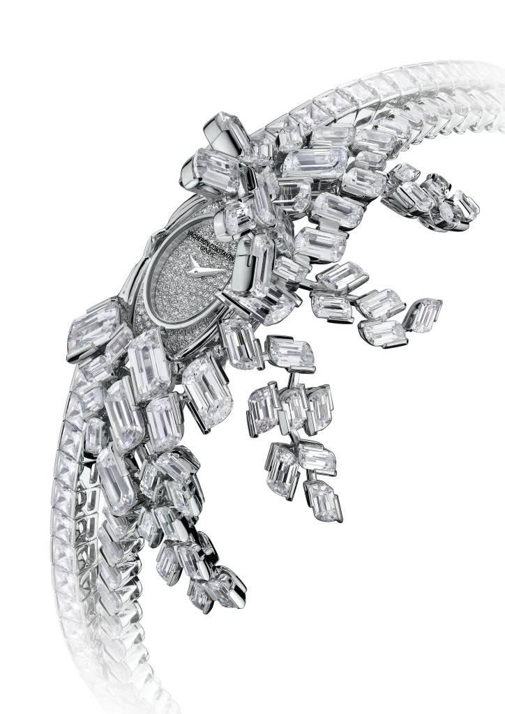 17626-S13G-9479_Kalla Haute Couture a Pampilles 2