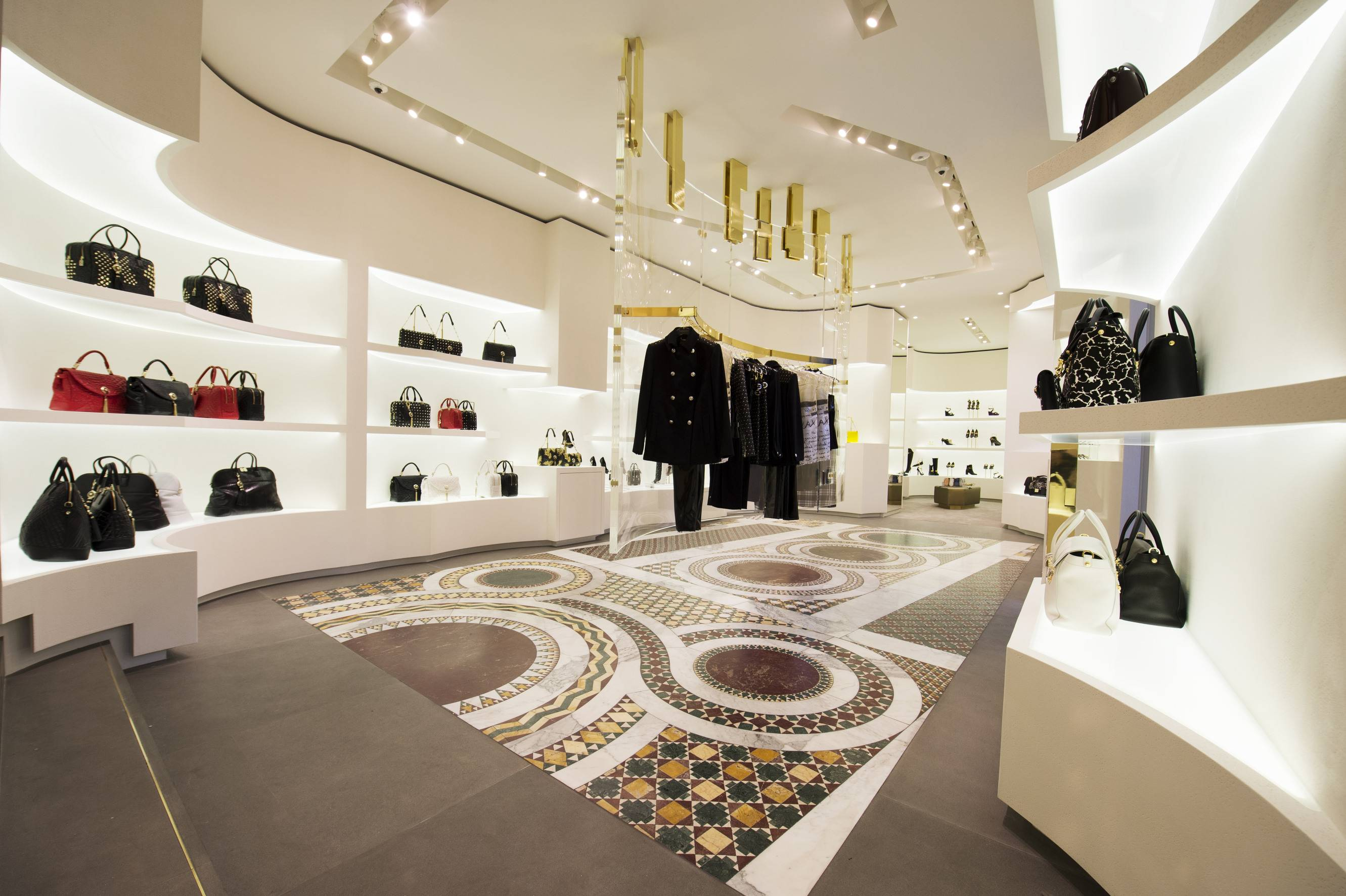 Versace Rome Boutique (2)