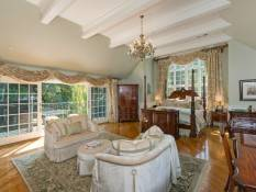 Exquisite La Canada Jewel-17
