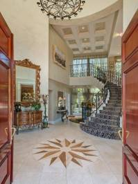 Exquisite La Canada Jewel-4