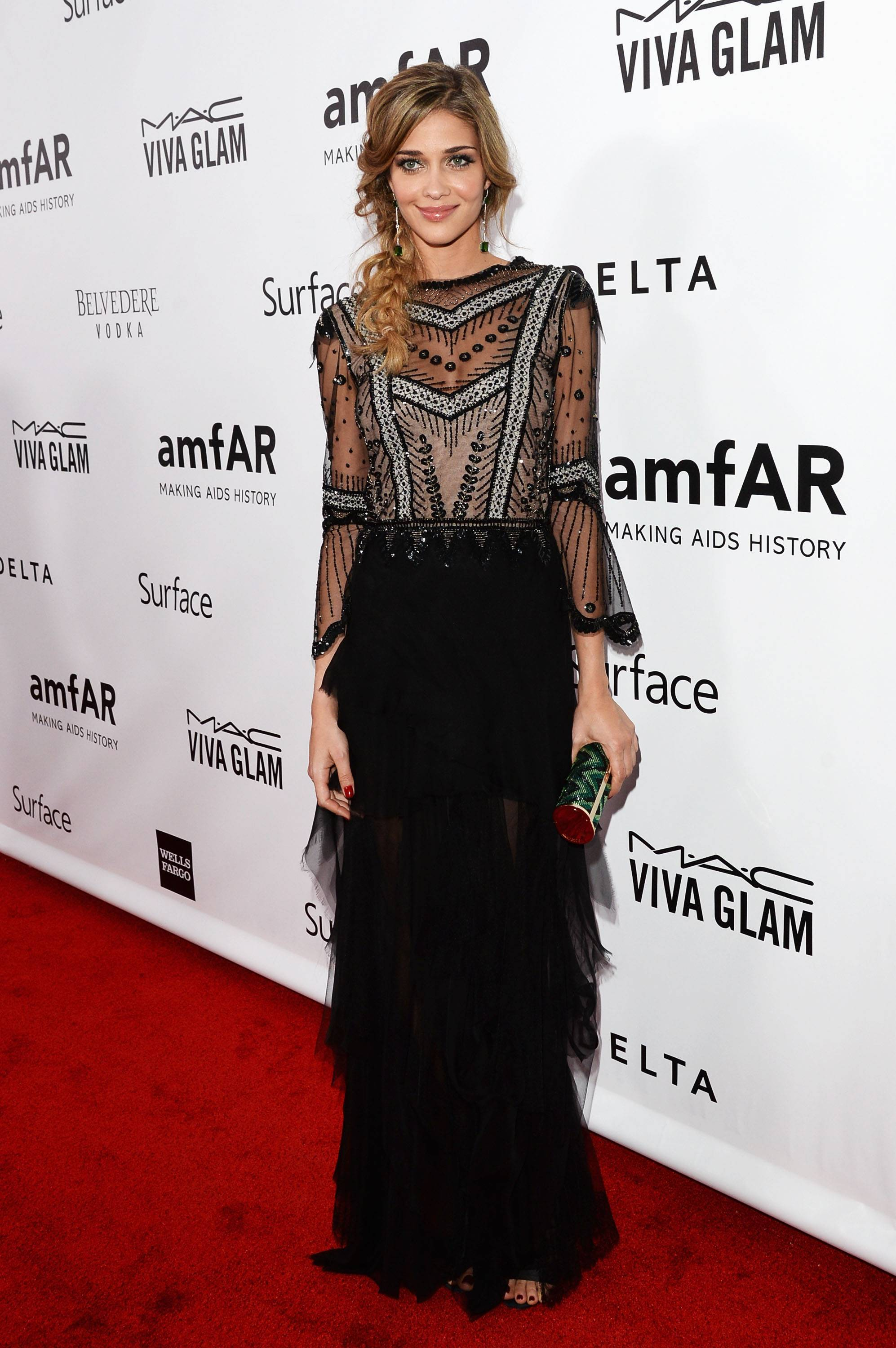 2013 amfAR Inspiration Gala Los Angeles Presented By MAC Viva Glam - Red Carpet
