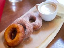 20130925-267640-the-brunch-dish-bar-toma-doughnuts-1