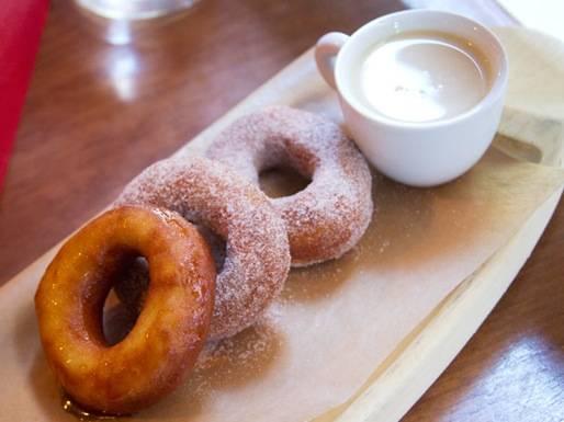 20130925-267640-the-brunch-dish-bar-toma-doughnuts-1