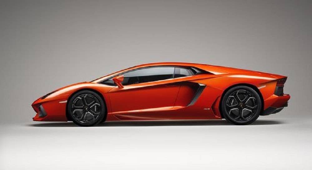 The 2014 Lamborghini Aventador will be be in the exotic showcase as well.