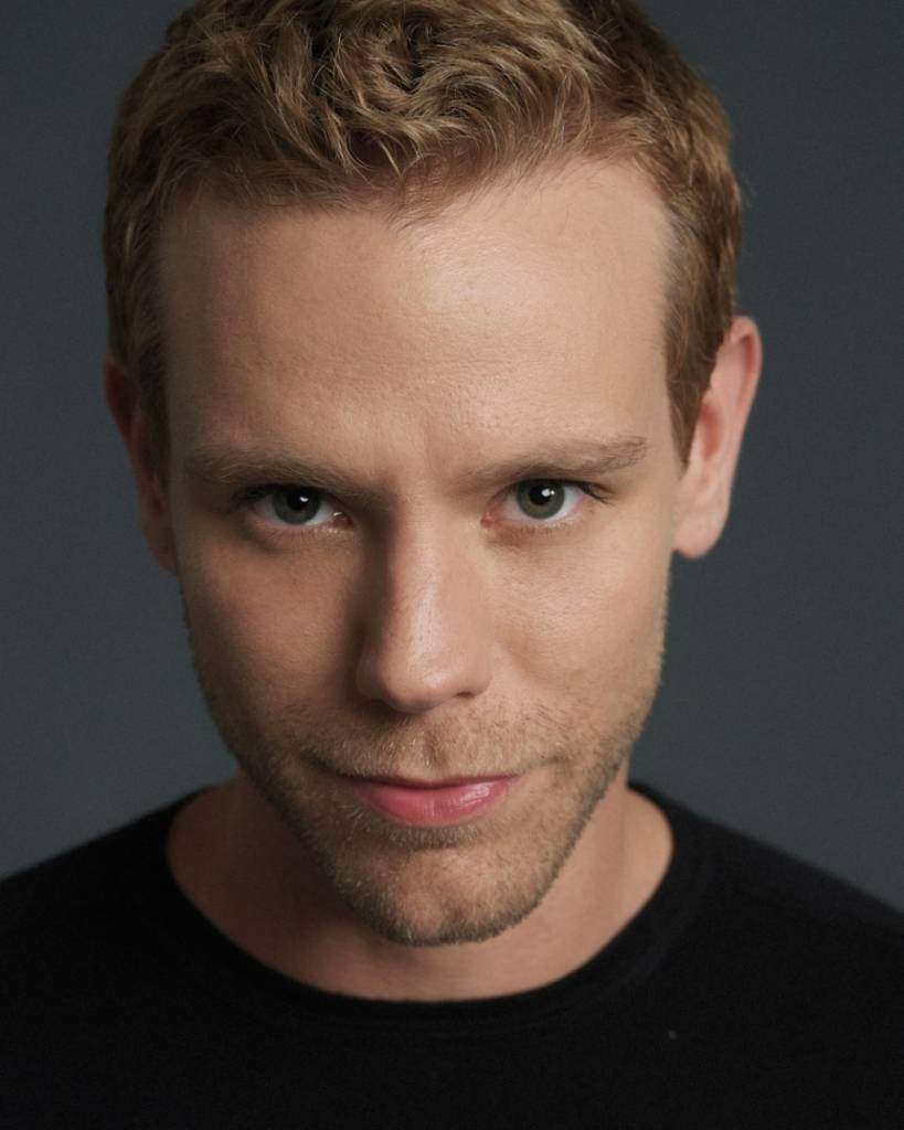 Adam Pascal color