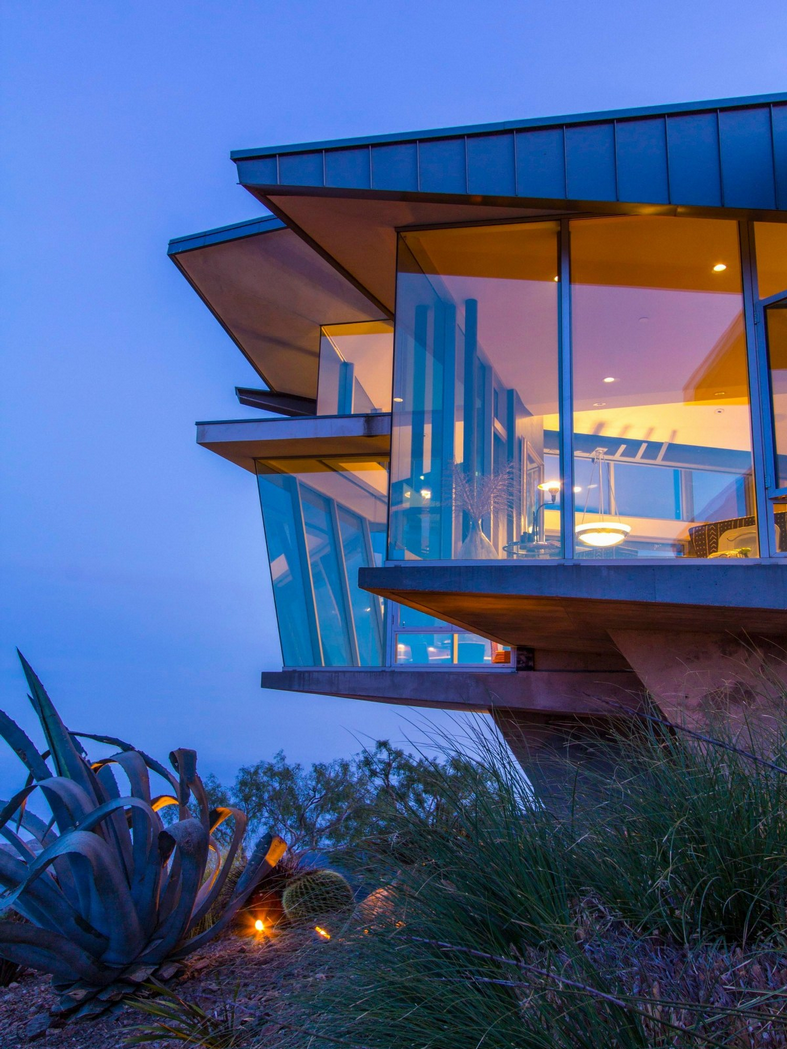 The Glass House - Malibu, CA - Sotheby's International Realty