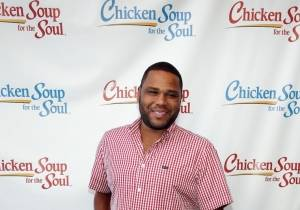Anthony Anderson poses at Chicken Soup for the Soul's book launch, Las Vegas, 7.23.14