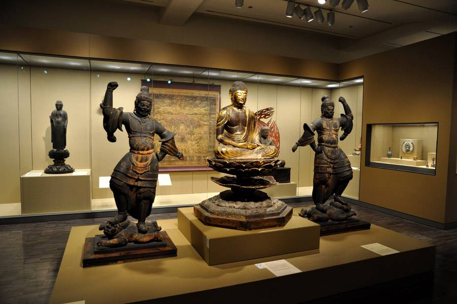 Asian Art Museum Exhibition  Image Via www.sanfrancisco.net