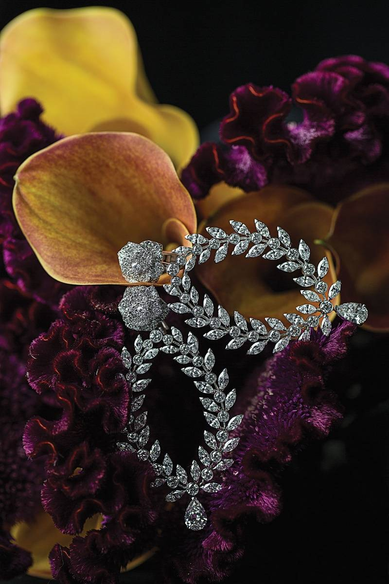 PIAGET.    « Rose Passion » earrings in 18K white gold set with 214 brilliant-cut diamonds (approx. 6.81 ct), 72 marquise-cut diamonds (approx. 12 ct) and 2 pear-shaped diamonds (approx. 3.02 ct)