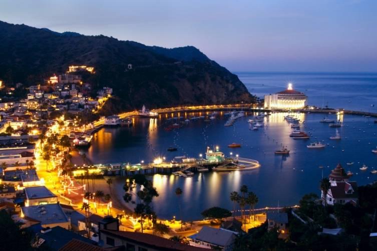 Catalina Island: Avalon Bay at night