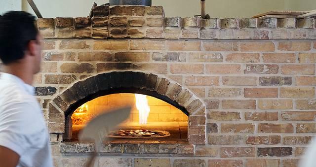 Lucali Pizza