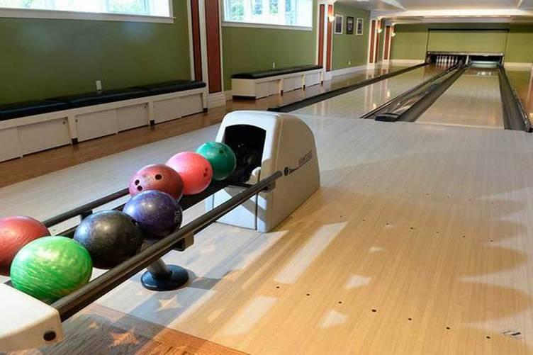 Serenity Manse Bowling