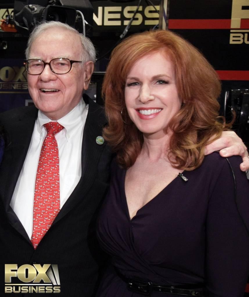 Berkshire Hathaway CEO Warren Buffett and Liz Claman