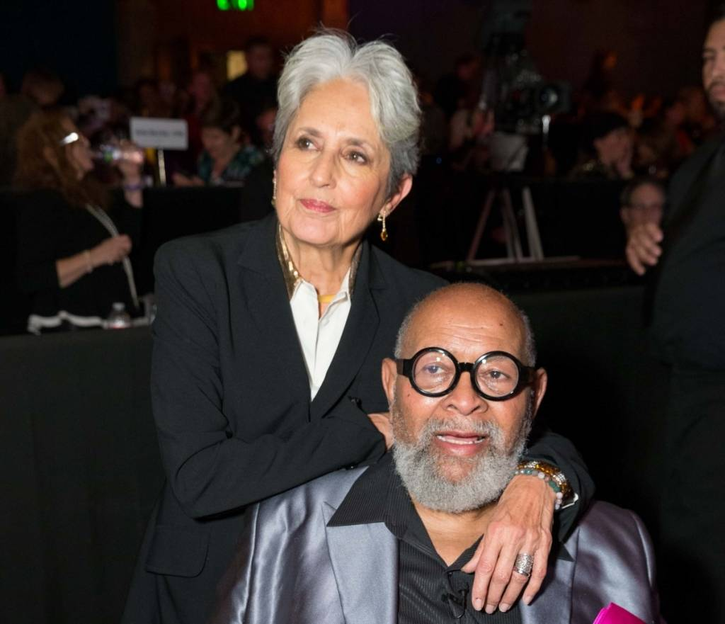 Joan  Baez and Rev. Cecil Williams