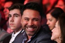 Oscar De La Hoya at World Championship Boxing at The Cosmopolitan Dec. 13_Kabik-1702