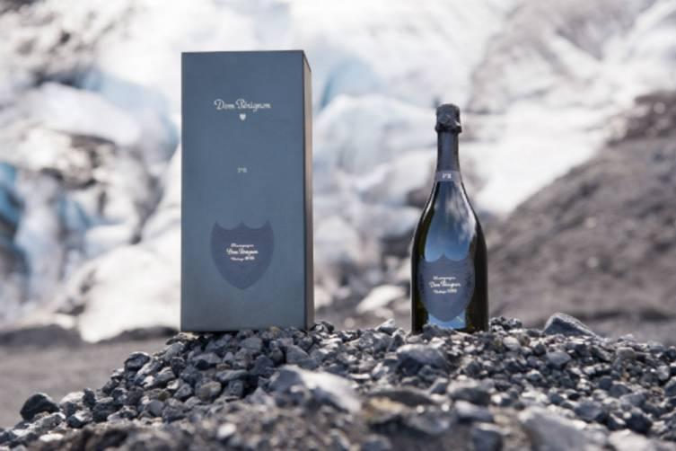 P2-box-and-bottle-at-Gigjokull-Glacier