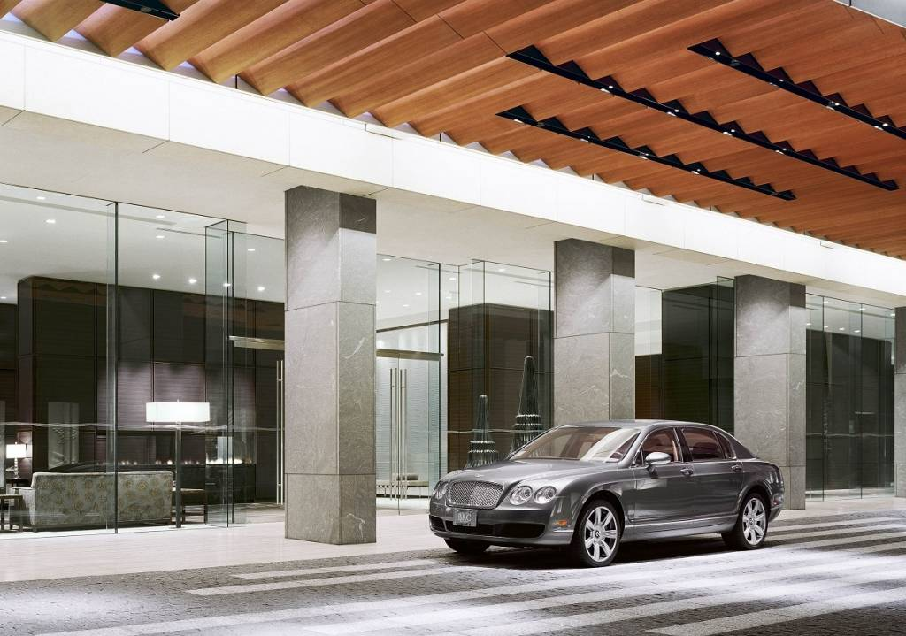st regis entrance bentley