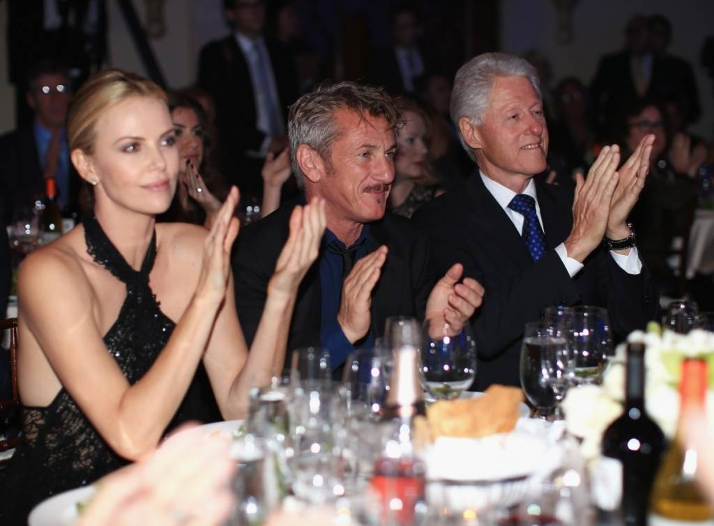 Charlize Theron, Sean Penn and Bill Clinton attend the 4th Annual Sean Penn & Friends HELP HAITI HOME gala benefitting J/P Haitian Relief Organization