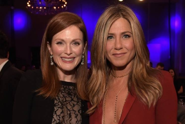 Julianne Moore and Jennifer Aniston