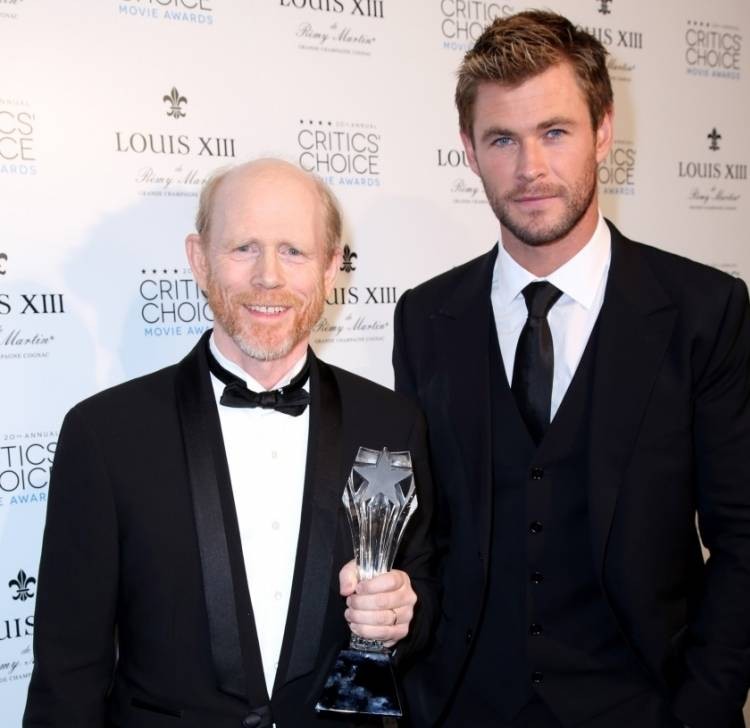 Critics' Choice LOUIS XIII Genius Award winner Ron Howard and Chris Hemsworth