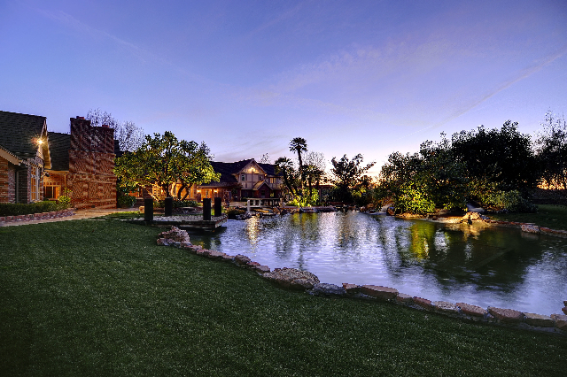 Ronald Tutor Lists his Hidden Hills Estate for $18.9 million