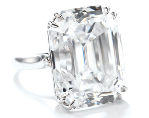 Ellen Barkin diamond ring from auction